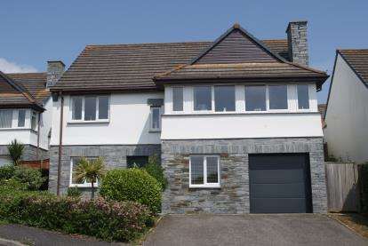 4 Bedrooms Detached House for sale in Padstow, Cornwall