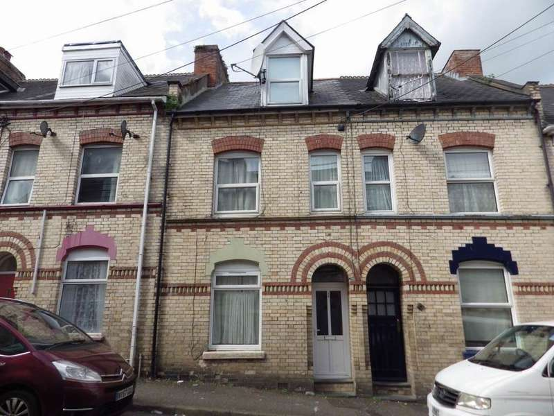 4 Bedrooms Town House for sale in Barnstaple, North Devon