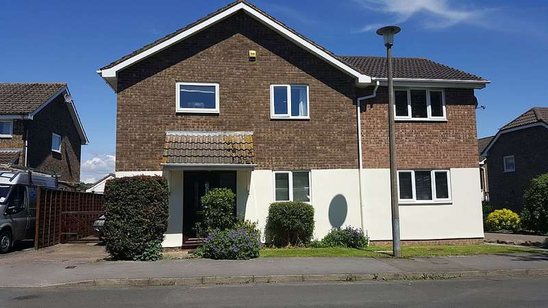 4 Bedrooms Detached House for sale in Birchwood Road, Woolaston, Lydney, Gloucestershire, GL15 6PE