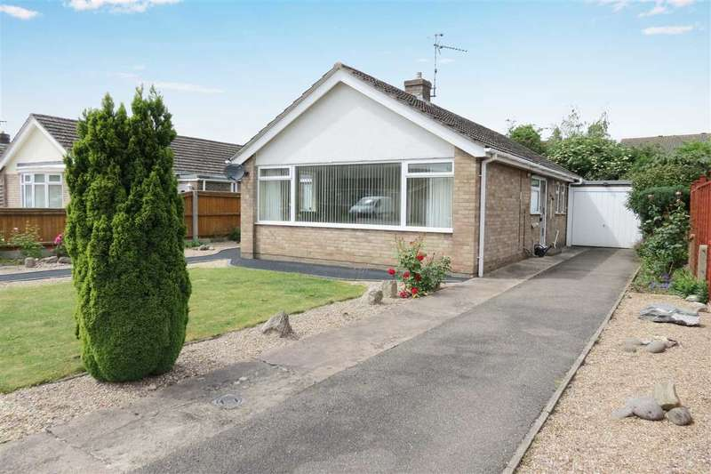 2 Bedrooms Detached Bungalow for sale in Millview Road, Heckington