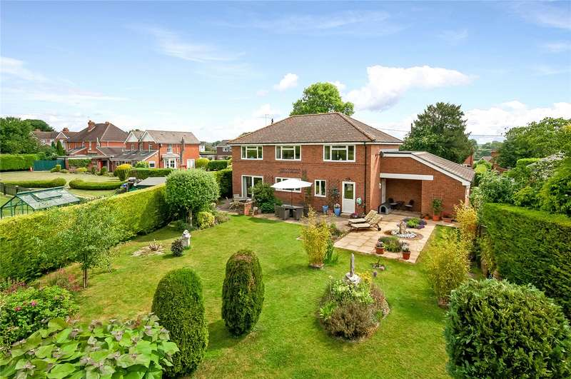 5 Bedrooms Detached House for sale in Romsey Road, Broughton, Stockbridge, Hampshire, SO20