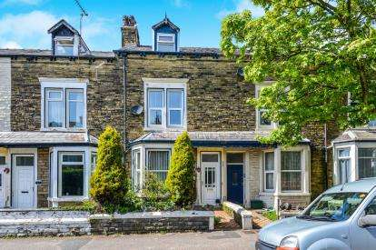 4 Bedrooms Terraced House for sale in Chatsworth Road, Morecambe, LA3