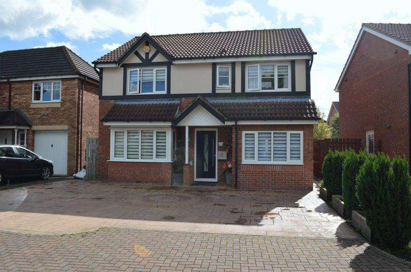 4 Bedrooms Detached House for sale in Carr Beck View, Whitwood, Castleford