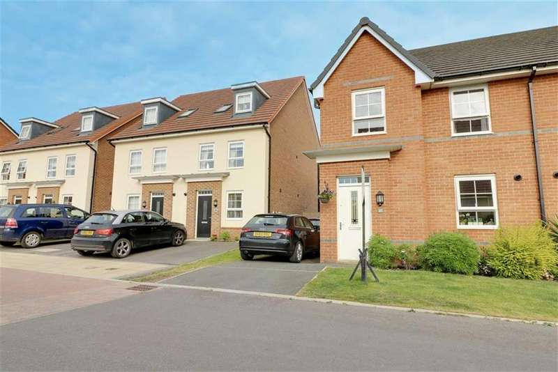 4 Bedrooms Semi Detached House for sale in Halliwell Court, Elworth, Sandbach