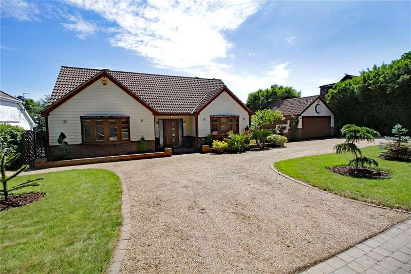 4 Bedrooms Detached House for sale in Thames View, Langdon Hills, Essex, SS16