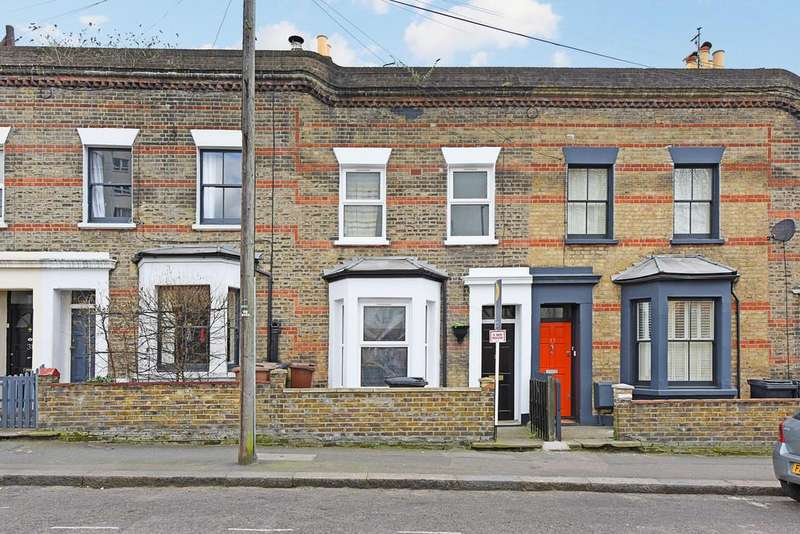 3 Bedrooms Terraced House for sale in Kenton Road