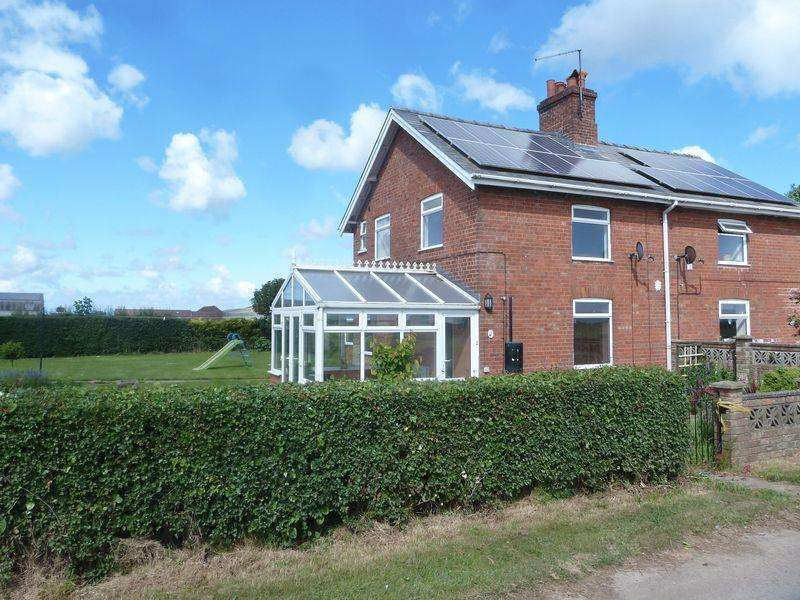 3 Bedrooms Semi Detached House for sale in Sea Lane, Wainfleet St Mary, Skegness