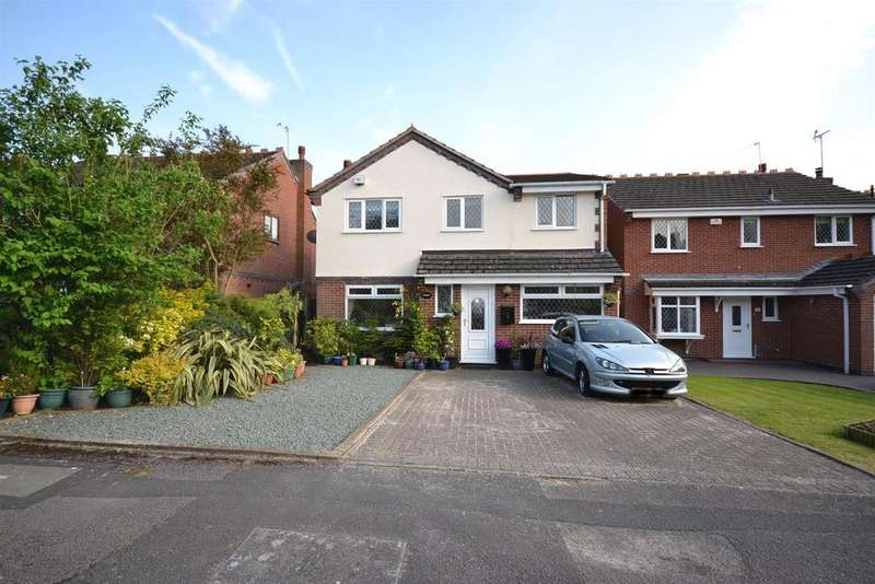 5 Bedrooms Detached House for sale in Furze Lane, Winyates Green, Redditch