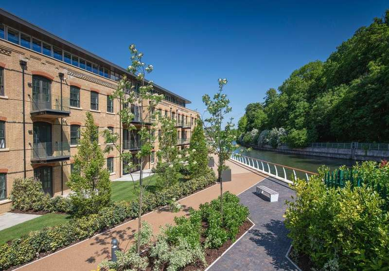 1 Bedroom Apartment Flat for sale in Mill Lane, Taplow, Buckinghamshire