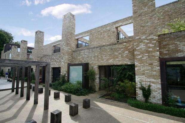 4 Bedrooms Terraced House for rent in Henslow Mews, Cambridge