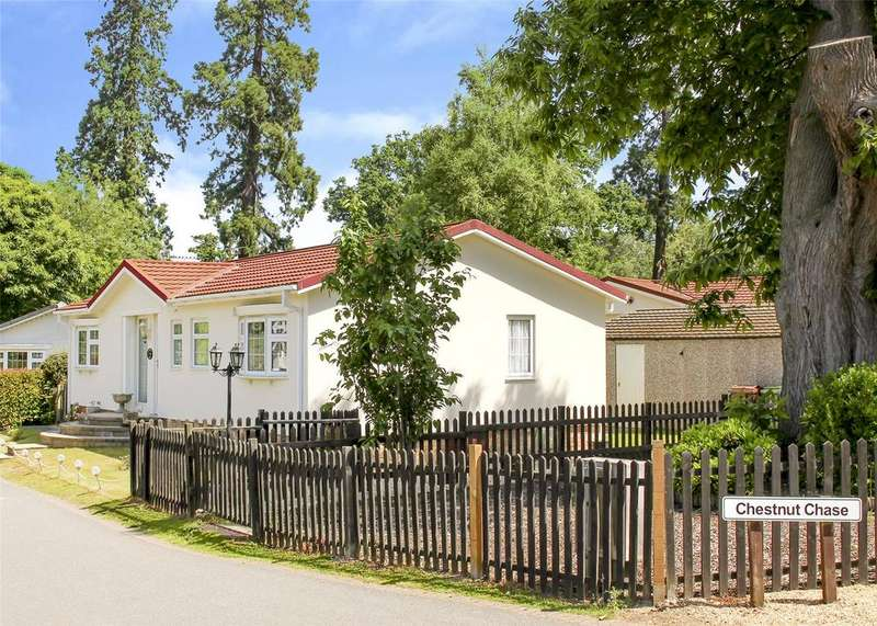 2 Bedrooms House for sale in Chestnut Chase, Warfield Park, Berkshire, RG42