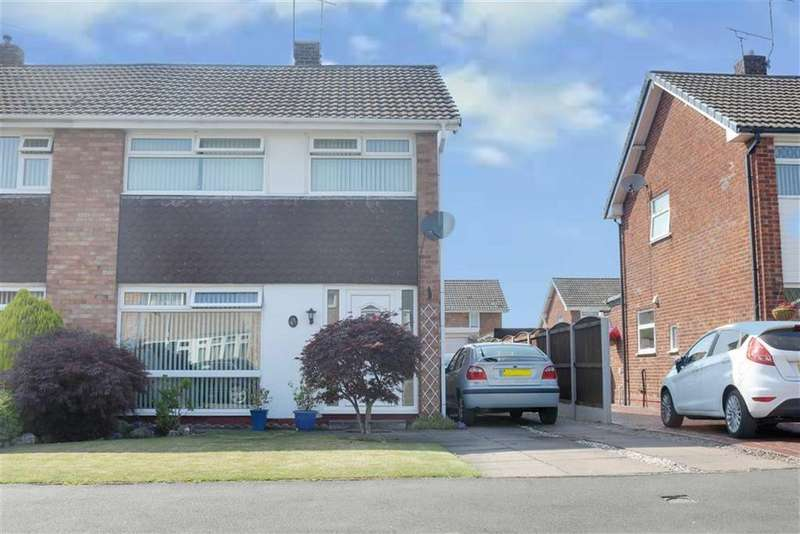 3 Bedrooms Semi Detached House for sale in Coleridge Way, Crewe