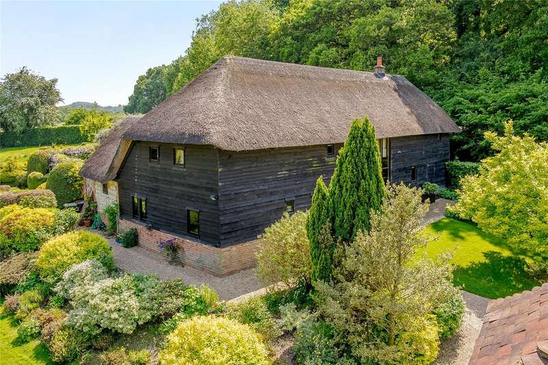 5 Bedrooms Detached House for sale in Hartley Mauditt, Nr. Alton, Hampshire