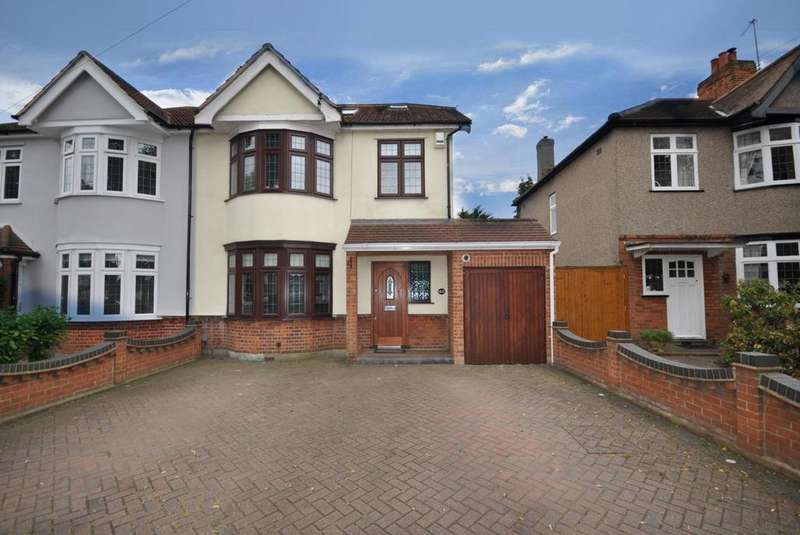 5 Bedrooms Semi Detached House for sale in Osborne Road, Hornchurch, Essex, RM11