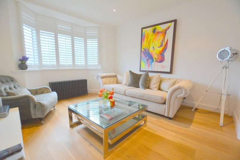 3 Bedrooms Semi Detached House for sale in Newark Way, London, NW4