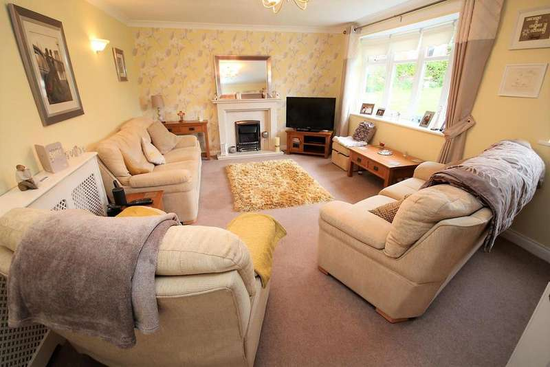 4 Bedrooms Detached House for sale in Faverdale Close, Stockton-On-Tees