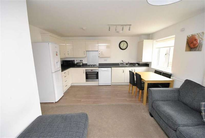 2 Bedrooms Coach House Flat for sale in Copia Crescent, Leighton Buzzard