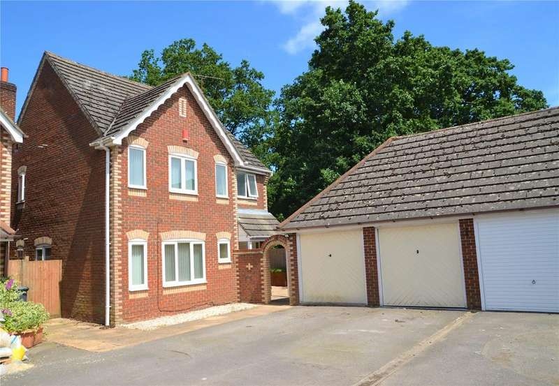 4 Bedrooms Detached House for sale in Manor Park Close, Tilehurst, Reading, Berkshire, RG30