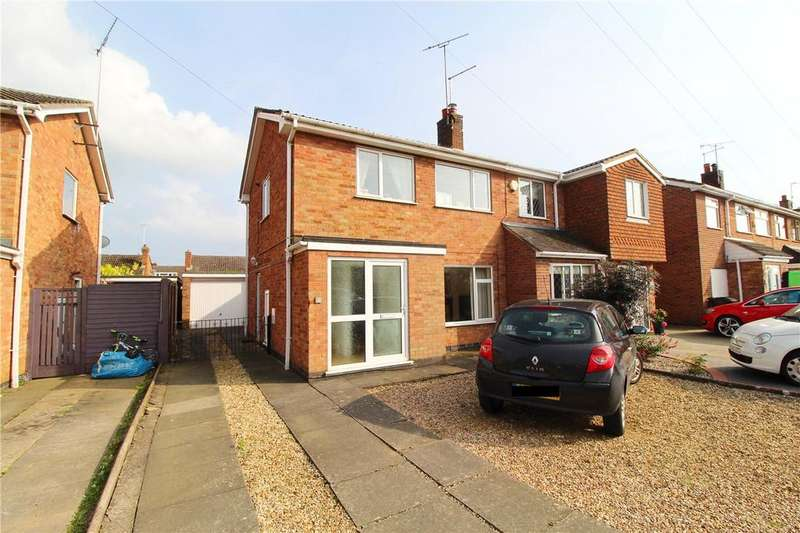 3 Bedrooms Semi Detached House for sale in The Orchard, Market Deeping, Peterborough, PE6