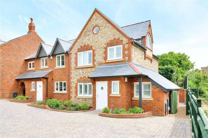 3 Bedrooms House for sale in Chantry View, Chapel Croft, Chipperfield, WD4