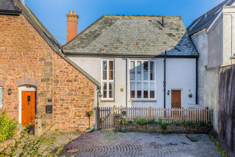 3 Bedrooms Semi Detached House for sale in Exeter Road, Silverton