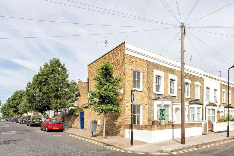 1 Bedroom House for sale in Clifden Road, Hackney