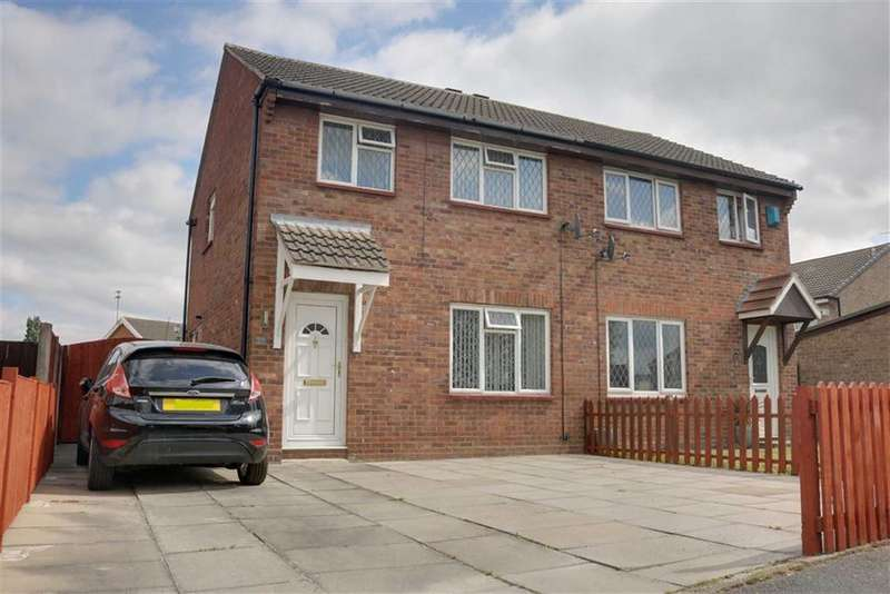 3 Bedrooms Semi Detached House for sale in Wareham Drive, Crewe