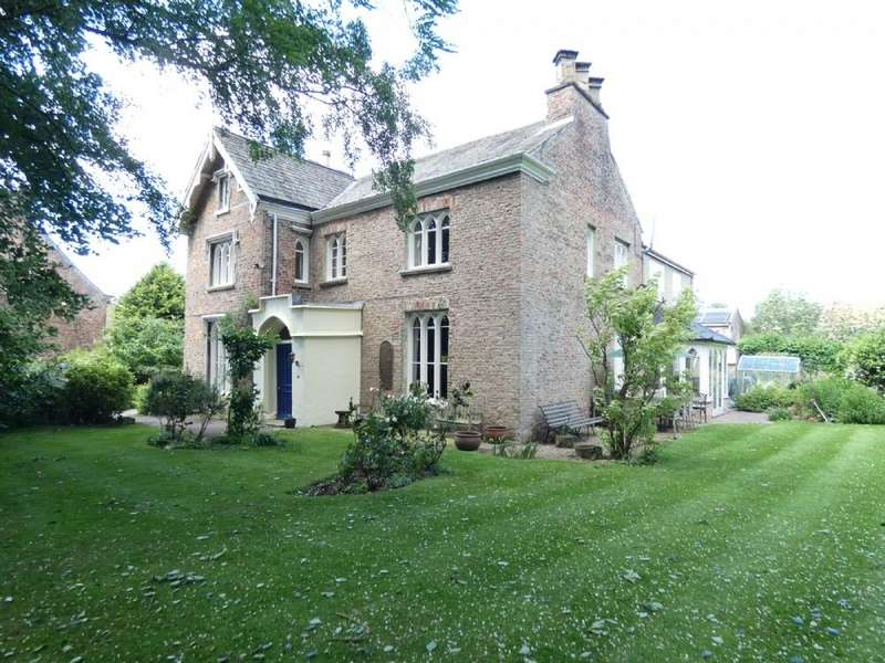 6 Bedrooms Detached House for sale in St Johns House Sharow Ripon HG4 5BN