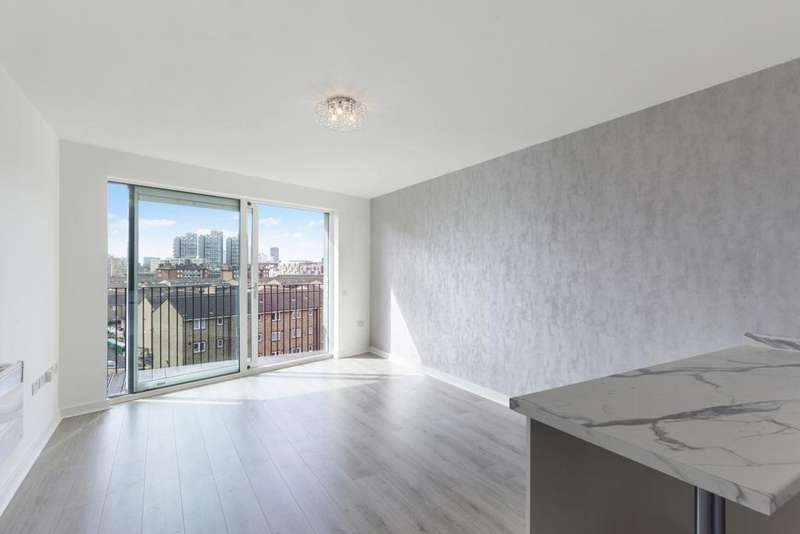 2 Bedrooms Apartment Flat for sale in South Central, Steedman Street, Elephant and Castle SE17