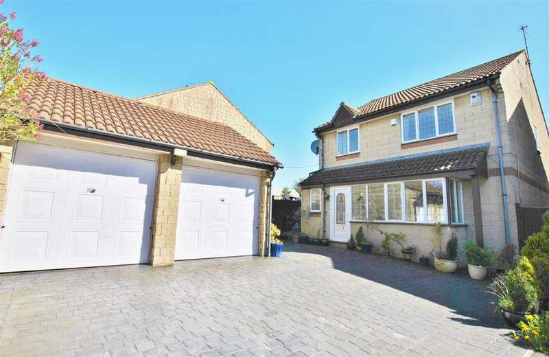 4 Bedrooms Detached House for sale in Staunton Fields, Whitchurch