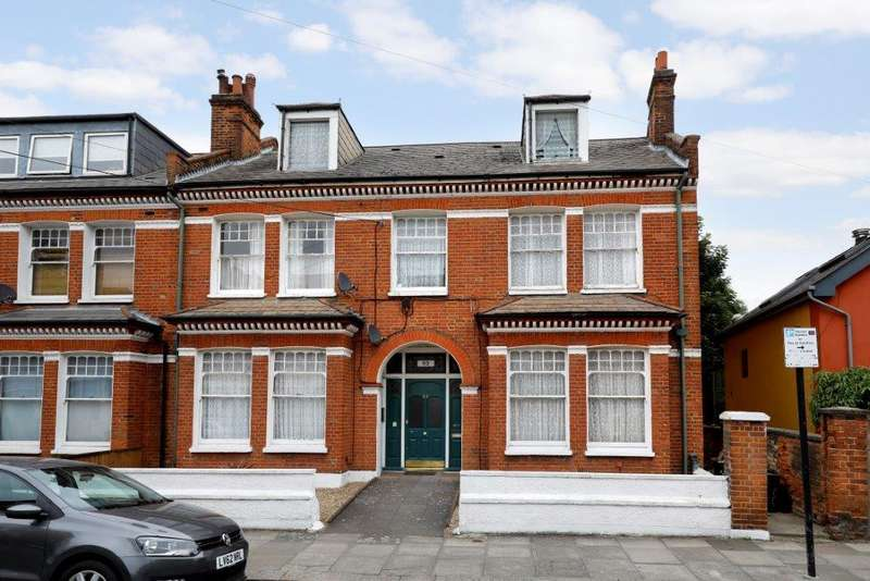7 Bedrooms End Of Terrace House for sale in Huron Road, London SW17