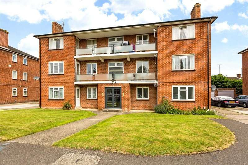 2 Bedrooms Flat for sale in Wentworth Court, Stroud Green, Newbury, Berkshire, RG14