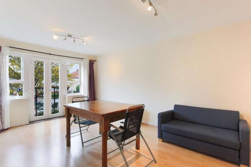 2 Bedrooms Apartment Flat for sale in Geneva Court, Rookery Way, Colindale, NW9