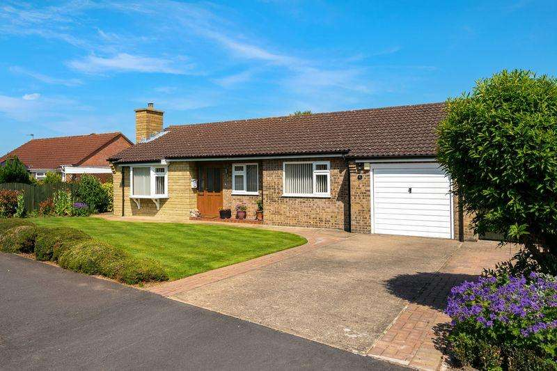 3 Bedrooms Bungalow for sale in Mark Avenue, Horncastle