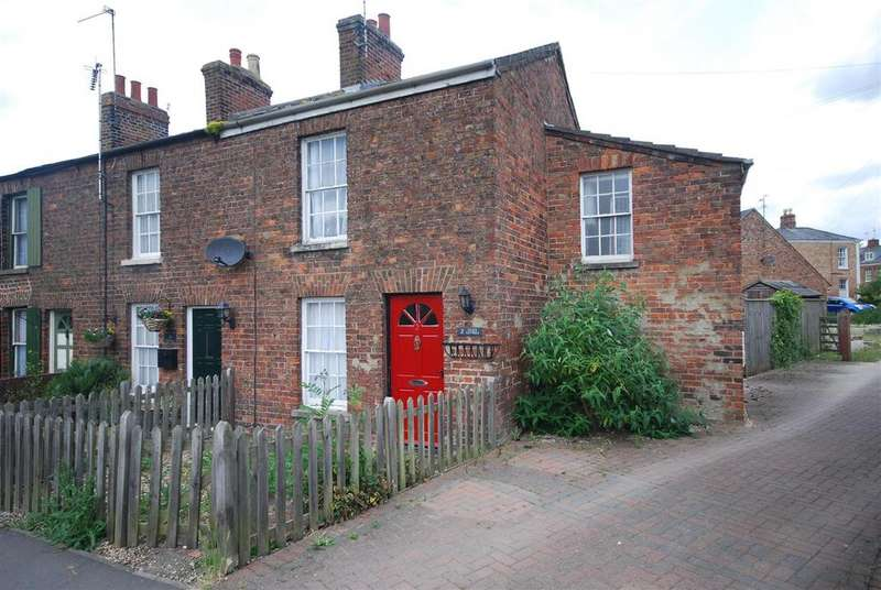 2 Bedrooms Terraced House for sale in Bull Lane, Long Sutton, Spalding