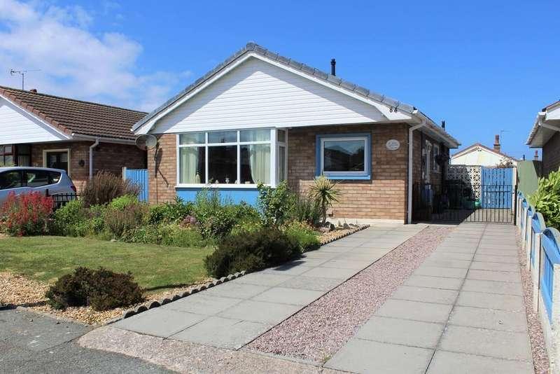 2 Bedrooms Detached Bungalow for sale in Lon Y Cyll, Pensarn