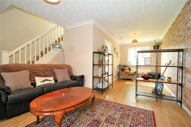 3 Bedrooms Property for sale in Pear Tree Close, Barwell, Leicester