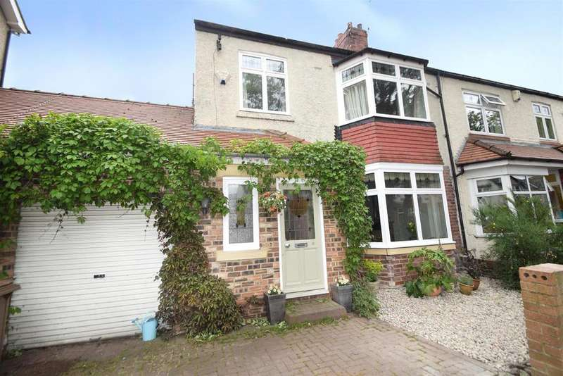 3 Bedrooms Semi Detached House for sale in Kings Road, Whitley Bay