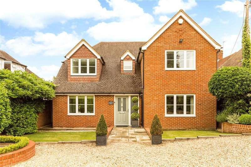 4 Bedrooms Detached House for sale in Milestone Avenue, Charvil, Reading, RG10