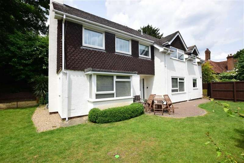 4 Bedrooms Detached House for sale in Rotherfield Way, Emmer Green, Reading