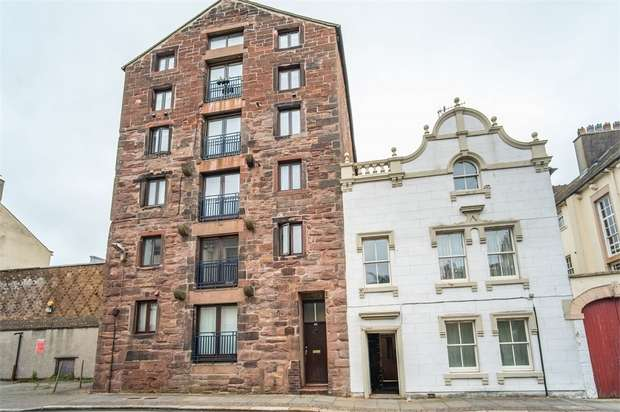 2 Bedrooms Flat for sale in Roper Street, Whitehaven, Cumbria