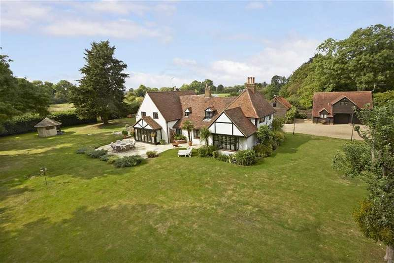 5 Bedrooms Detached House for sale in Vicarage Lane, Wraysbury Staines, Berkshire