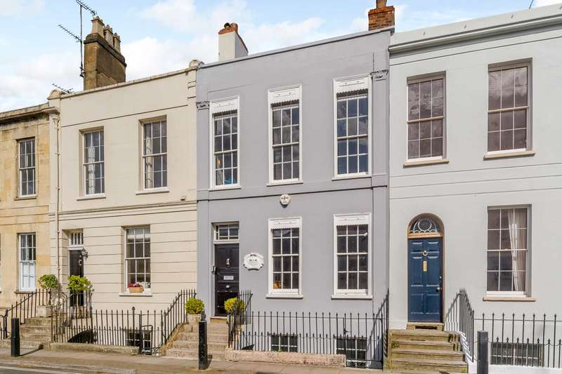 4 Bedrooms Town House for sale in Pittville, Cheltenham