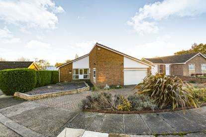 4 Bedrooms Bungalow for sale in West View, Darlington, County Durham