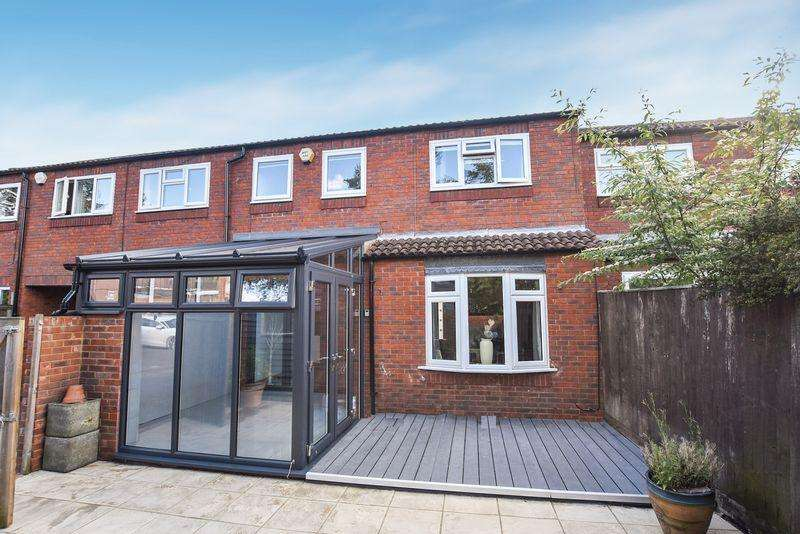 5 Bedrooms End Of Terrace House for sale in Princes Risborough