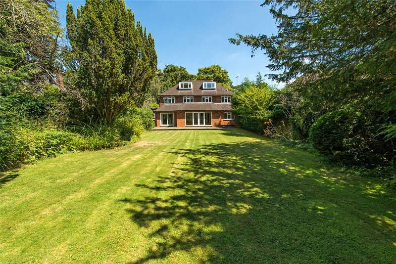 5 Bedrooms Detached House for sale in Traps Lane, Wimbledon, London, KT3