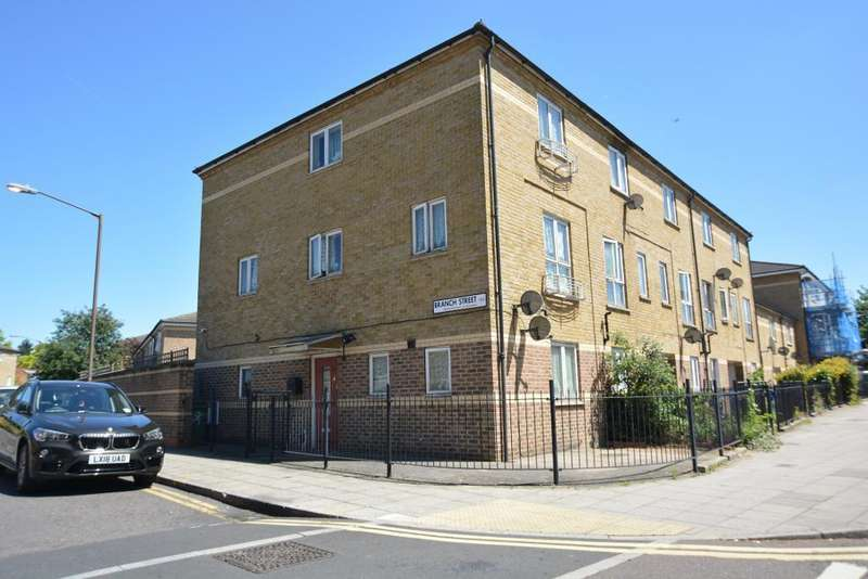 4 Bedrooms End Of Terrace House for sale in Southampton Way, Camberwell, London, SE5 7EQ