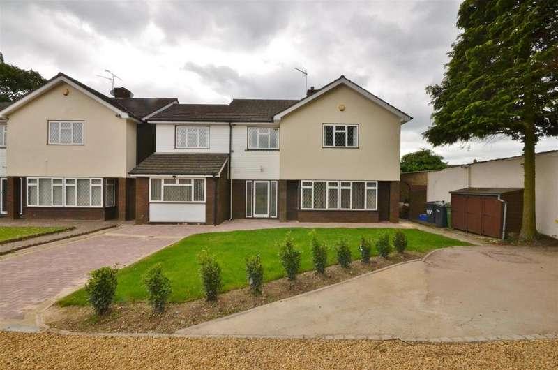 4 Bedrooms Detached House for sale in Private Road off of Ashcroft Road