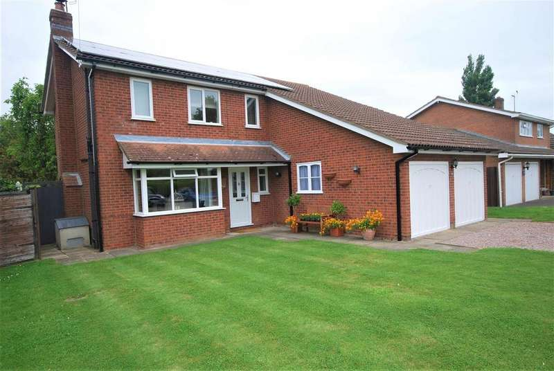 4 Bedrooms Detached House for sale in Stonegate, Cowbit, Spalding