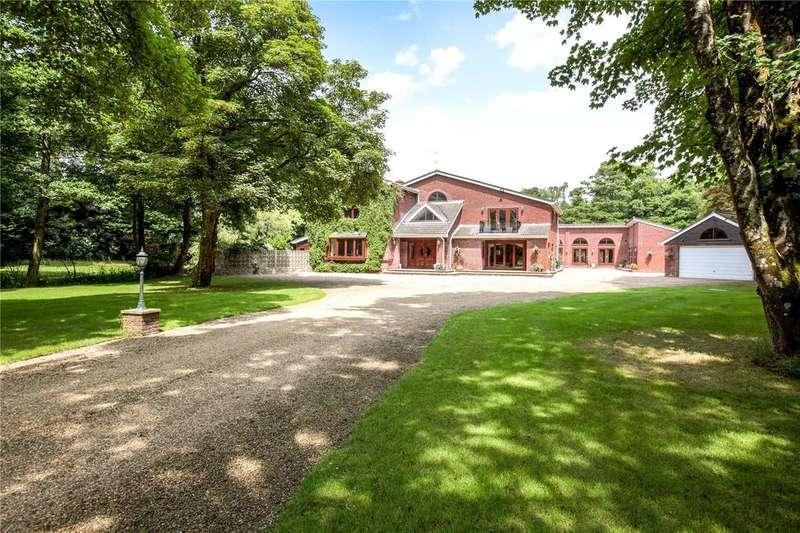 5 Bedrooms Detached House for sale in Arrowsmith Road, Wimborne, Dorset, BH21